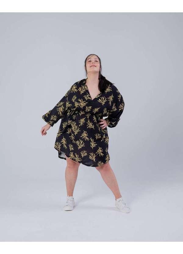 Vestido Curto Almaria Plus Size Miss Taylor Estamp