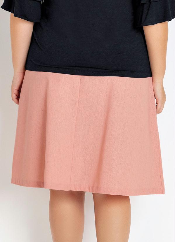 Saia Plus Size Rosa com Botões Frente e Faixa
