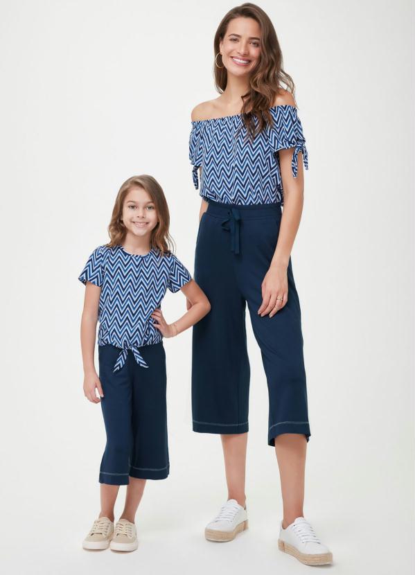 Calça Azul Marinho Pantacourt em Moletinho